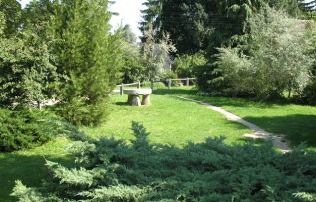 centre-international-de-sejour-le-rocheton-le-jardin-630x405-otcp