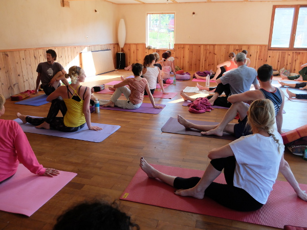 Yoga Retreat In Fontainebleau 25 And 26th November 2017 Stage Yoga